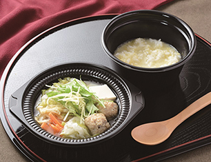 鍋から〆まで楽シメる! 鶏つくねの鶏だし生姜鍋(玉子雑炊)