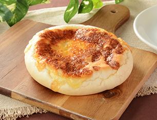 焼チーズパン(カマンベールチーズクリーム)