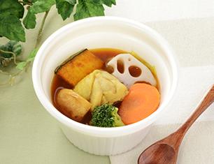 彩り野菜とチキンのスープカレー