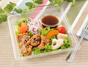 7種野菜と鶏唐揚げのサラダ