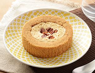 プレミアム塩キャラメルとナッツのロールケーキ
