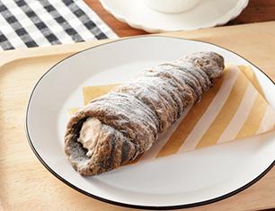 クッキーデニッシュコロネ 削りチョコ入りチョコホイップ