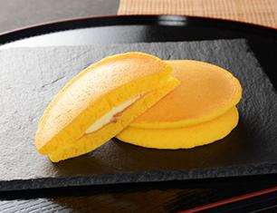 安納芋のもちっとパンケーキ 発酵バター入りクリーム 2個入