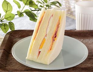 ハムチーズたまごサンド