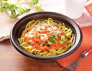 海老の濃厚トマトクリームパスタ