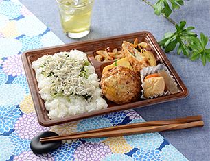 しらすご飯の幕の内弁当(豆腐ハンバーグ)