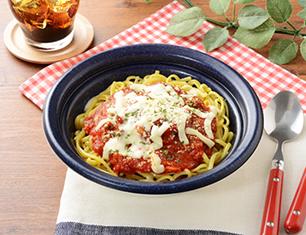 モッツァレラチーズとトマトソースのリングイネ