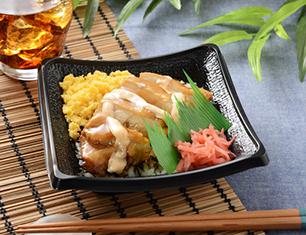 鶏の照りマヨご飯(一味マヨソース)