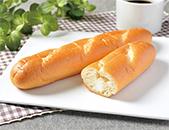 ミルクフランス カルピス社発酵バター入クリーム使用
