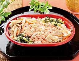 北海道産秋鮭ほぐしと国産きのこのご飯