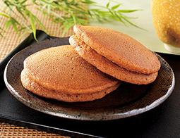 もちっと黒糖パンケーキ 抹茶ホイップ&黒蜜クリーム(沖縄県産黒糖)