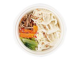 6種野菜と餃子のスープ