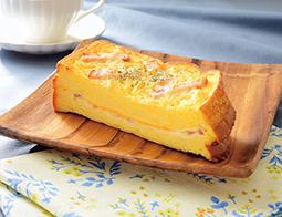 厚切りフレンチトースト ベーコン&チーズ